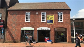 1,053 SF High Street Shop for Rent  |  128 High Street, Chesham, HP5 1EB
