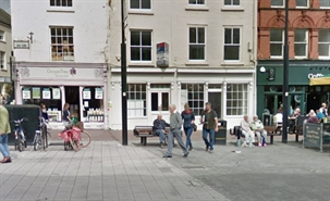 658 SF High Street Shop for Rent  |  2-3 High Town, Herefordshire, Hereford, HR1 2AA