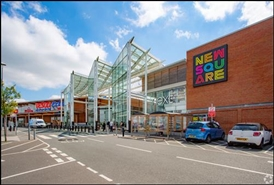 3,023 SF Shopping Centre Unit for Rent  |  Unit A3, New Square Shopping Centre, West Bromwich, B70 7PP