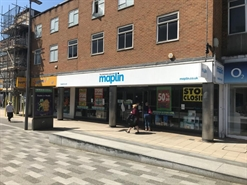 3,533 SF High Street Shop for Rent  |  226-228 Marlowes, Hemel Hempstead, HP1 1BJ