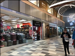 1,214 SF Shopping Centre Unit for Rent  |  4 Grace Reynolds Walk, The Square, Camberley, GU15 3SN
