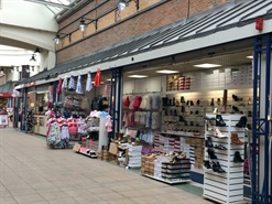 213 SF Shopping Centre Unit for Rent  |  Kiosk 4-5, Castleford, WF10 1AD