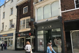 700 SF High Street Shop for Rent  |  34 Coney Street, York, YO1 9ND