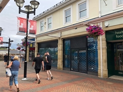1,540 SF Shopping Centre Unit for Rent  |  Unit 18, Caerphilly, CF83 1NU
