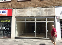 1,070 SF High Street Shop for Rent  |  14 Bridge Street, Hemel Hempstead, HP1 1EF