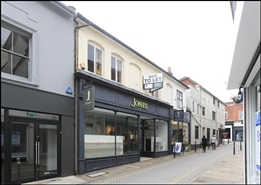 528 SF High Street Shop for Rent  |  4 Market Street, Guildford, GU1 4LB