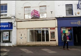 412 SF High Street Shop for Rent  |  26 Market Street, Falmouth, TR11 3AS