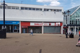 1,085 SF Shopping Centre Unit for Rent  |  1 Hagley Mall, Halesowen, B63 4AL
