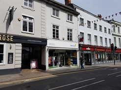 935 SF High Street Shop for Rent  |  43 High Street, Bedford, MK40 1RY