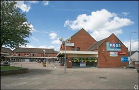 1,095 SF Shopping Centre Unit for Rent  |  Unit 17, The Moor Centre, Brierley Hill, DY5 3AH