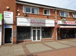 506 SF High Street Shop for Rent | 16 The Square, Nottingham, NG12 5JT
