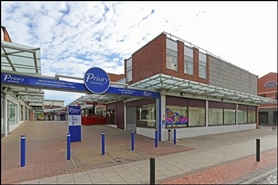615 SF Shopping Centre Unit for Rent  |  Unit 7, Priory Centre, Worksop, S80 1JP