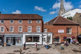 High Street Shop for Rent  |  14 South Street, Chichester, PO19 1EJ