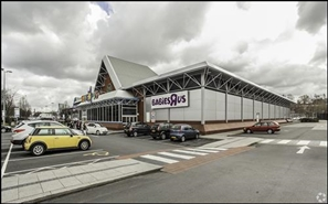 41,232 SF Retail Park Unit for Rent  |  Toys R Us, Stockport, SK1 2HH