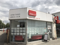 771 SF High Street Shop for Rent  |  147 South Street, Romford, RM1 1PL