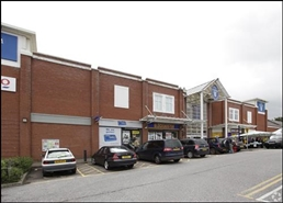 864 SF Shopping Centre Unit for Rent  |  Su25, The Forum Shopping Centre, Sittingbourne, ME10 3DL
