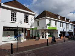 951 SF High Street Shop for Rent  |  94 High Street, Godalming, GU7 1DW