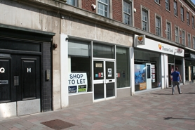 1,208 SF High Street Shop for Rent  |  28 Paragon Street, Hull, HU1 3ND