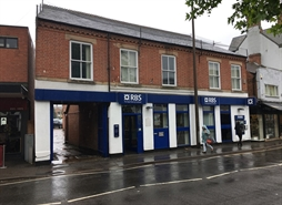 1,008 SF High Street Shop for Sale  |  31-33 Market Place, Long Eaton, NG10 1JL