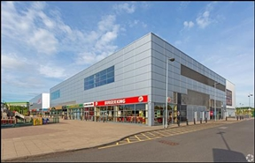 21,310 SF High Street Shop for Rent  |  Unit 33a, Xscape, Castleford, WF10 4TA