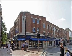 498 SF High Street Shop for Rent  |  3 New London Road, Chelmsford, CM2 0NA