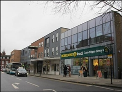 902 SF High Street Shop for Rent  |  189 HIGH STREET, GUILDFORD, GU1 3AW