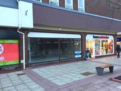 440 SF High Street Shop for Rent  |  Saxon Square, Unit 3b, Christchurch, BH23 1QA