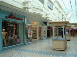 1,815 SF Shopping Centre Unit for Rent   21 Baxtergate, Freshney Place, Grimsby, DN31 1ED