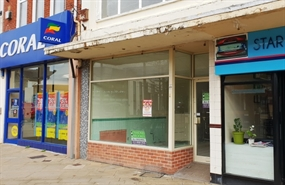 825 SF High Street Shop for Rent  |  59 West Street, Fareham, PO16 0AT