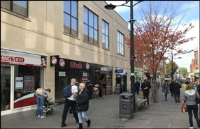1,051 SF High Street Shop for Rent  |  59 Regent Street, Swindon, SN1 1JS