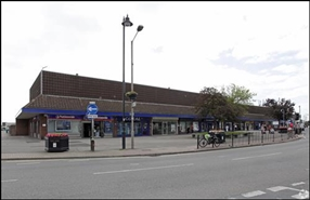887 SF Shopping Centre Unit for Rent | Unit 10, Knightswick Shopping Centre, Canvey Island, SS8 7AB