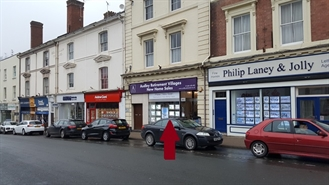 605 SF High Street Shop for Rent  |  19 Worcester Road, Malvern, WR14 4QY