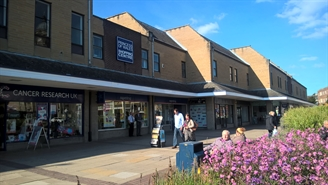 1,004 SF Shopping Centre Unit for Rent  |  Unit 6-8 Long Causeway, Dewsbury, WF13 1NH