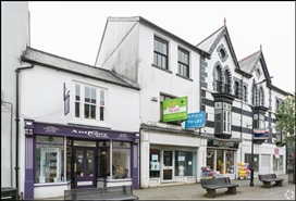 1,025 SF High Street Shop for Rent  |  37 Commercial Street, Aberdare, CF44 7RW