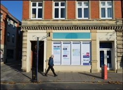 865 SF High Street Shop for Rent  |  29 Market Place, Devizes, SN10 1JG