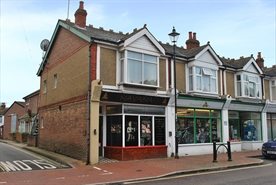 491 SF High Street Shop for Rent  |  45 North Street, Emsworth, PO10 7DA