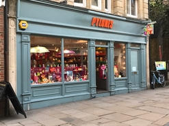 470 SF High Street Shop for Rent | 30 CORNMARKET, OXFORD, OX1 3EY