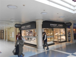 641 SF Shopping Centre Unit for Rent  |  Unit 42, Chantry Way, Chantry Centre, Andover, SP10 1LZ