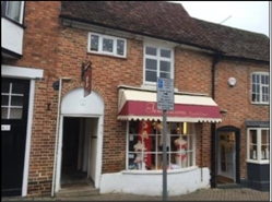 355 SF High Street Shop for Rent  |  33 Sheep Street, Stratford Upon Avon, CV37 6EE