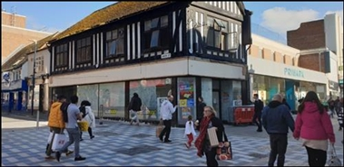 700 SF High Street Shop for Rent  |  66 Week Street, Maidstone, ME14 1RR