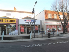 1,362 SF High Street Shop for Rent  |  35 The Parade, Exmouth, EX8 1RH