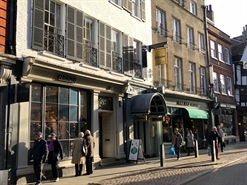 609 SF High Street Shop for Rent  |  18 Trinity Street, Cambridge, CB2 1TB