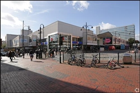 1,389 SF Shopping Centre Unit for Rent  |  Broad Street Mall / Fountain House, Reading, RG1 7QE