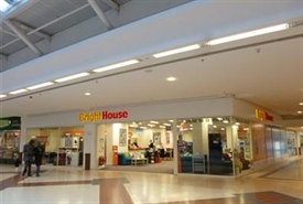 5,450 SF Shopping Centre Unit for Rent | 16-17 The Square, Oxford, OX4 3UZ