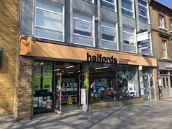 1,981 SF High Street Shop for Rent  |  25 High Street, Brentwood, CM14 4RG