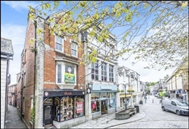 658 SF High Street Shop for Rent  |  24 King Street, Truro, TR1 2RQ