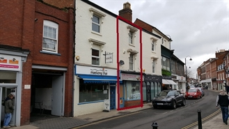 276 SF High Street Shop for Rent  |  10 Worcester Road, Bromsgrove, B61 7AE