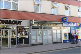 1,080 SF High Street Shop for Rent  |  Austin House, Fleet, GU51 3BN