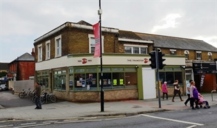 1,168 SF High Street Shop for Rent  |  186 - 188 Portswood Road, Southampton, SO17 2NJ