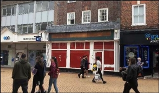 1,335 SF High Street Shop for Rent  |  90 High Street, Chelmsford, CM1 1DX